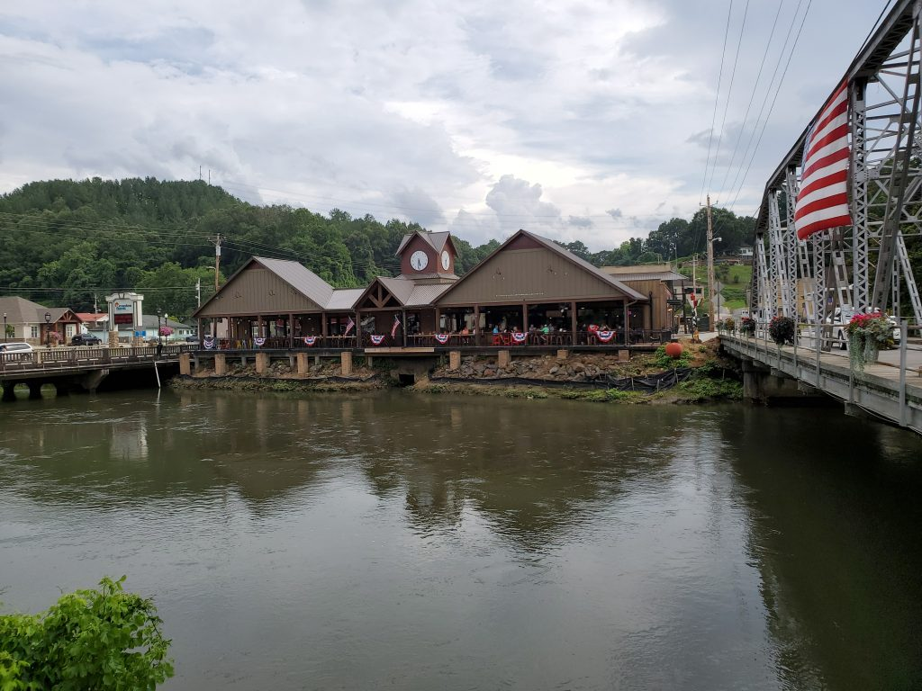 Copperhill, TN shopping and attractions